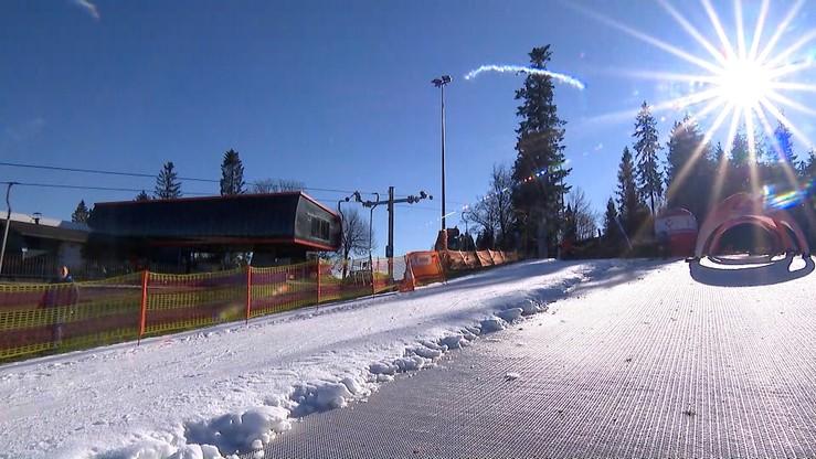 Śmiertelny wypadek na stoku narciarskim w Krynicy-Zdroju. Taśma wciągnęła rękę pracownika stacji