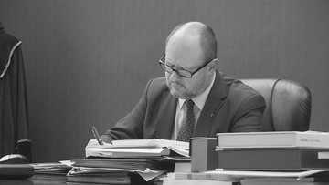 """Rocznica ataku na Pawła Adamowicza. """"Był celem kampanii nienawiści"""" - pisze Tusk"""