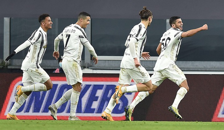 Juventus z pierwszym trofeum w sezonie. Cristiano Ronaldo najlepszym strzelcem w historii