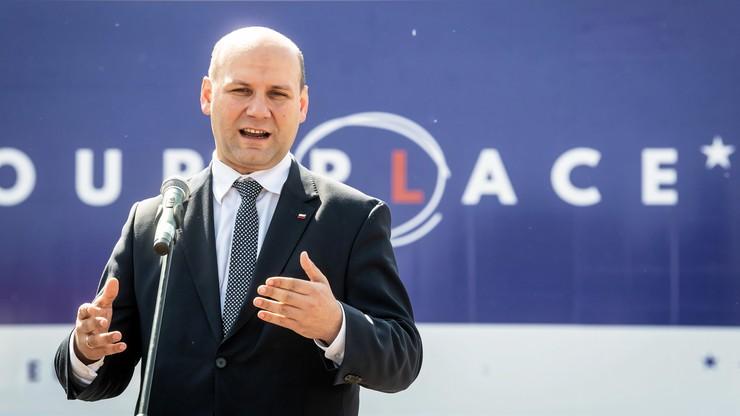 """15 tirów z hasłami """"EUrope is our PLace"""" wyjedzie na drogi Europy Zachodniej"""