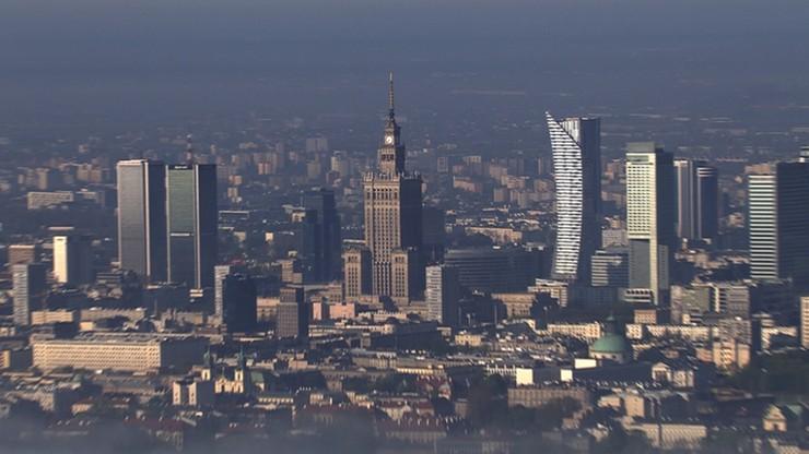 Sąd ustanowił zakaz sprzedaży działki Chmielna 70 - obok Pałacu Kultury