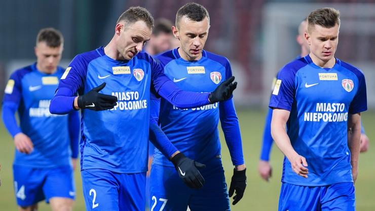 Fortuna 1 Liga: Puszcza nie odpuszcza! Gol w doliczonym czasie na wagę triumfu