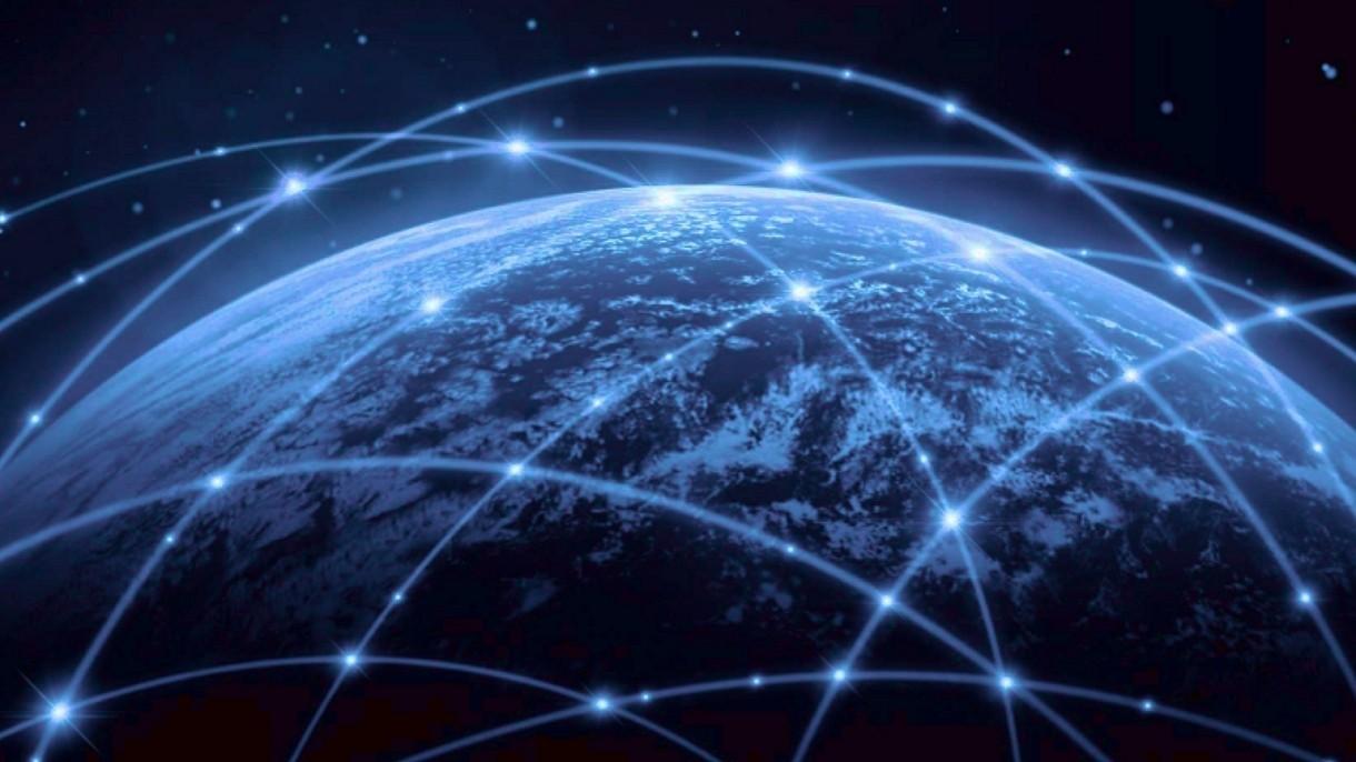 Kosmiczny Internet na pokładach samolotów. SpaceX rozmawia z liniami lotniczymi