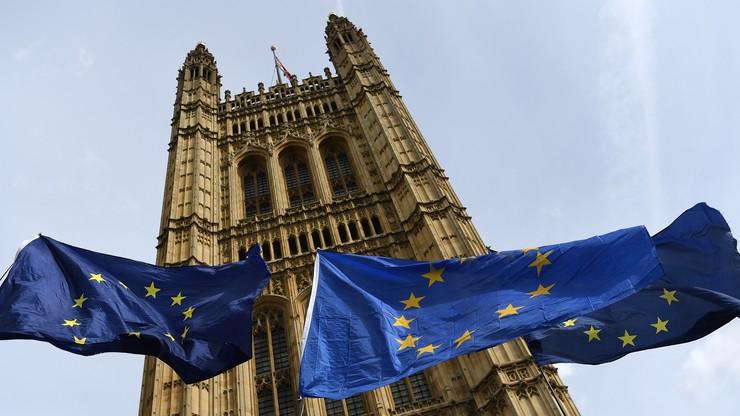 Brytyjska Izba Lordów przyjęła ustawę przeciwko brexitowi bez umowy