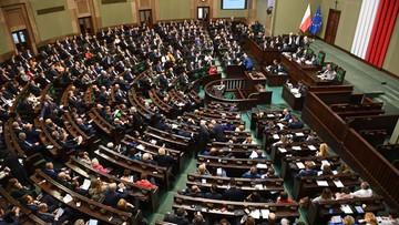 Projekt uchwały wz. z wygwizdaniem prezydenta. Wspomniano o Kidawie-Błońskiej