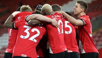 Premier League: Piłkarze mają zakaz przytulania się i wymiany koszulek