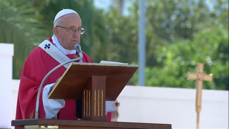 Papież Franciszek: seks to dar Boży, a nie tabu