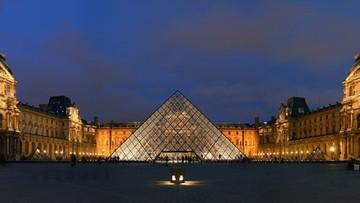 Dzieła sztuki z Notre Dame zostaną przeniesione do Luwru