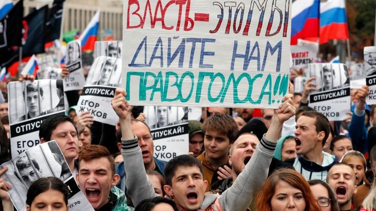 Dziesiątki tysięcy ludzi na demonstracji w obronie wolnych wyborów w Moskwie