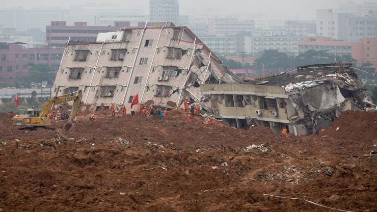 Osunięcie ziemi w Chinach. Runęły 33 budynki, pod gruzami 91 osób
