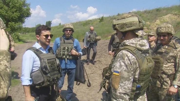 Prezydent Ukrainy na linii walk w Donbasie. 400 metrów od pozycji przeciwnika