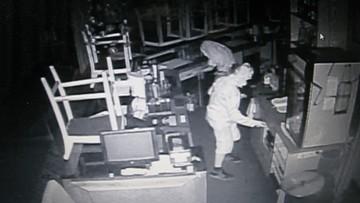 Kętrzyn: dwaj chłopcy schowali się na noc w restauracji. Ukradli pieniądze, ale zapomnieli o monitoringu