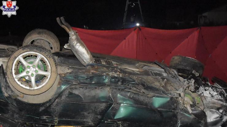 Lubelskie. 19-latek zginął w wypadku. Nie miał uprawnień do kierowania autem