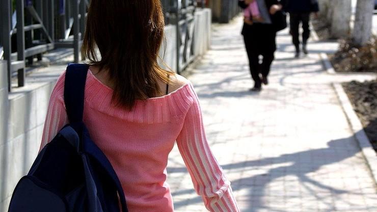 Decyzja sądu we Włoszech: ojciec 33-letniej kobiety musi jej wypłacać kieszonkowe