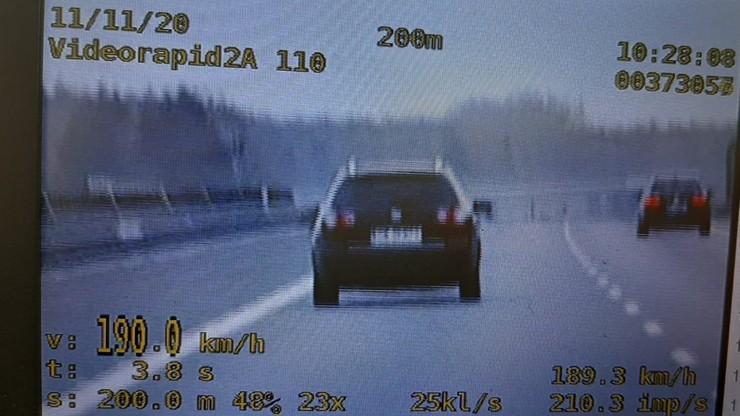 190 km/h na liczniku, 2,5 promila w organizmie. Kierowca passata zatrzymany na A2