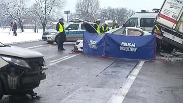 Śmiertelny wypadek w Łódzkiem. Dwie osoby nie żyją