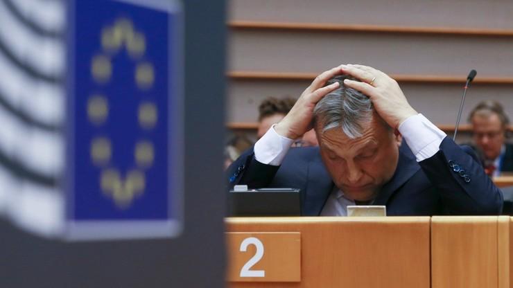 Orban w ogniu krytyki w PE odrzuca oskarżenia europosłów i KE