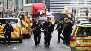 """Londyn: ludzie taranowani autem. Później atak nożem i strzały. """"Pełne dochodzenie antyterrorystyczne"""""""