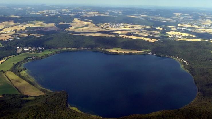 Budzi się do życia wulkan położony zaledwie 600 km od Polski. Jego erupcja mogłaby być katastrofalna