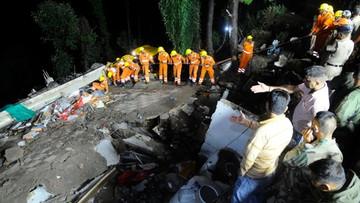 Indie: siedem osób zginęło w budynku, zniszczonym przez deszcze monsunowe