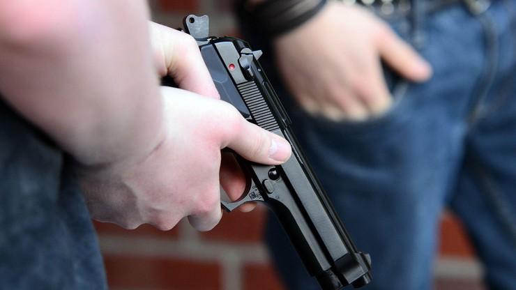 USA. Pięciu policjantów oskarżonych o zabójstwo 15-latka. Miał 13 ran postrzałowych