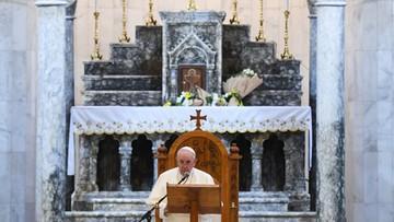 """""""Terroryzm i śmierć nie mają ostatniego słowa"""". Papież w irackim Karakosz, zniszczonym przez ISIS"""