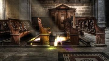 Ustępujący proboszcz rzucił na parafian klątwę