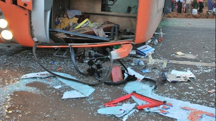 Peru. Co najmniej 20 osób zginęło w wypadku autobusu