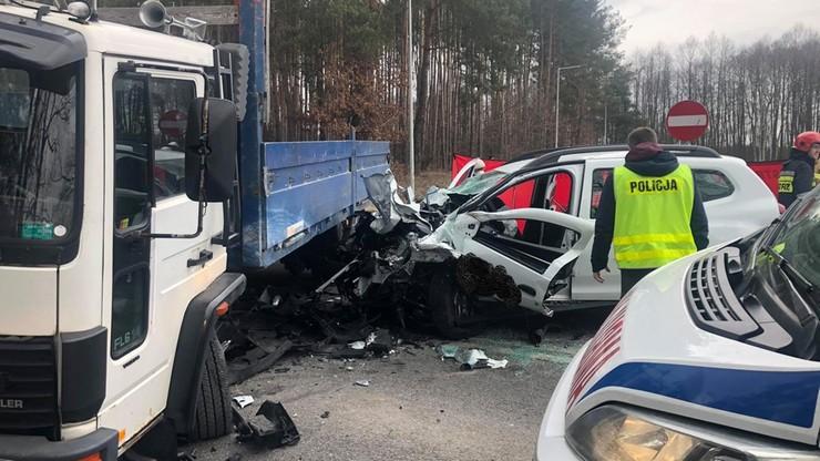 Strażak-ochotnik zginął w zderzeniu z ciężarówką