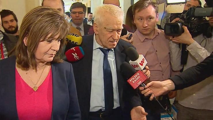 """Zarzuty dla b. posłanki Kukiz'15 za głosowanie """"na dwie ręce"""". Grozi jej do 3 lat więzienia"""