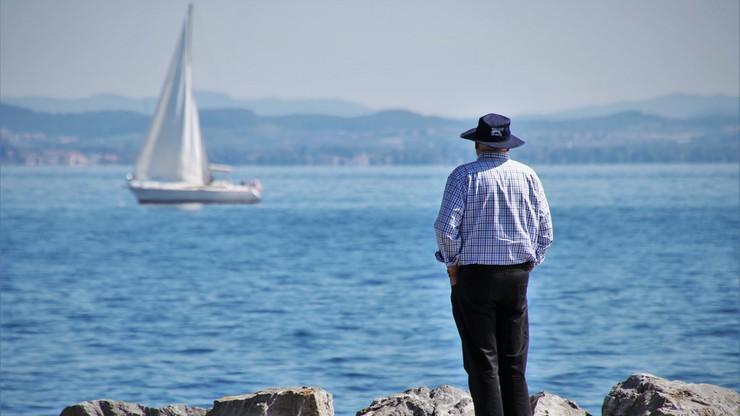 Zarzuty łapówkarstwa za wydawanie uprawnień sternika i żeglarza