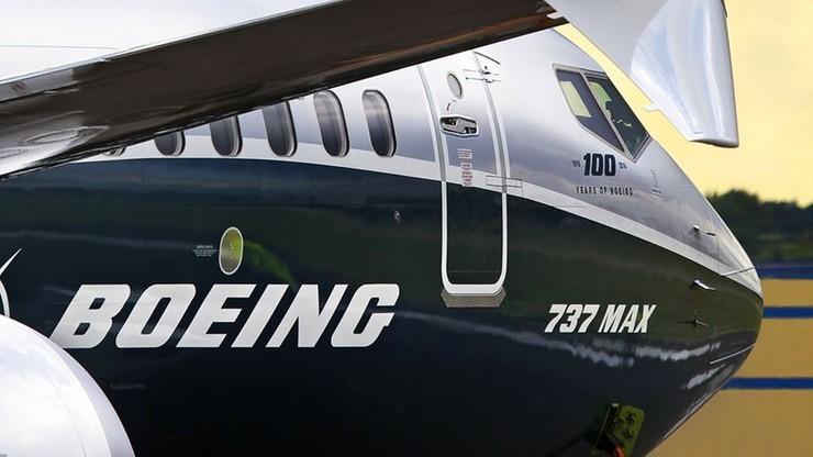 USA. Awaryjne lądowanie Boeinga 737 Max na lotnisku w Newark