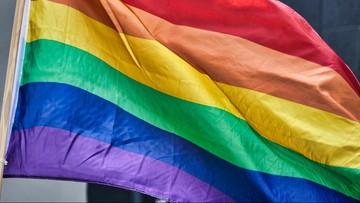 """Kraśnik uchylił uchwałę ws. """"powstrzymania ideologii LGBT"""""""