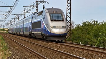 Francja stawia na kolej. Zakazała krótkich lotów samolotami
