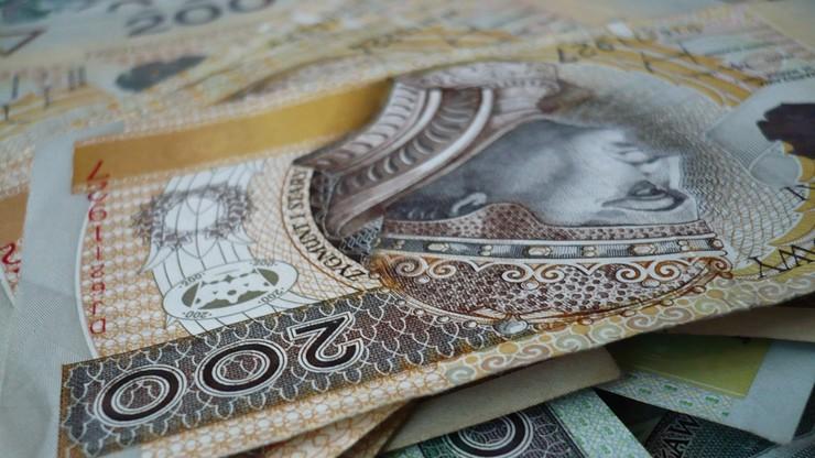 Polacy są dłużni sądom niemal 200 mln zł