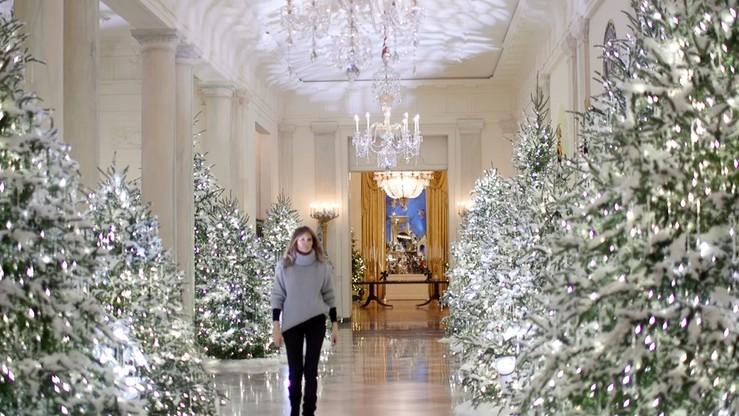 Biały Dom - wersja świąteczna. O wystroju zdecydowała Melania Trump