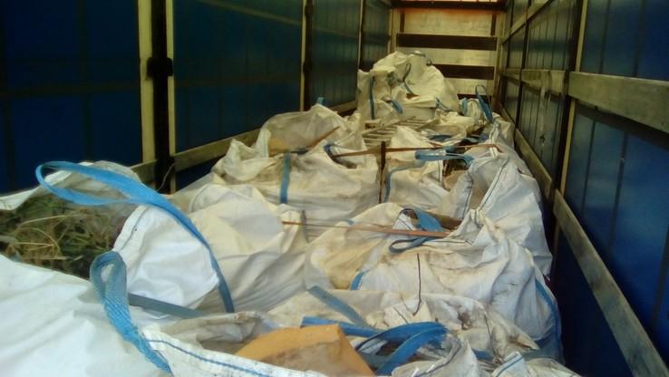 47 ton śmieci z Niemiec zatrzymanych na granicy