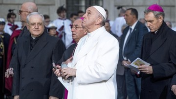"""Papież Franciszek chce zmienić słowa modlitwy """"Ojcze nasz"""""""