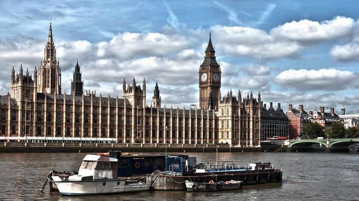 Wielka Brytania: rząd wprowadził nową minimalną stawkę godzinową
