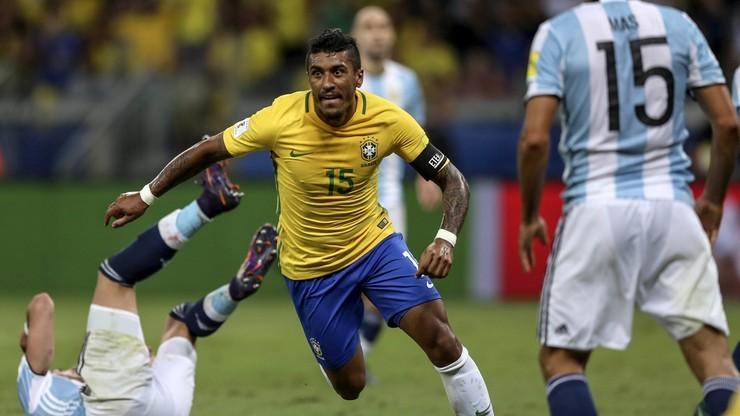 Internauci wyśmiali Barcelonę po transferze Paulinho