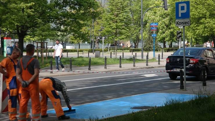 Od lipca miejsca parkingowe dla niepełnosprawnych powinny być niebieskie