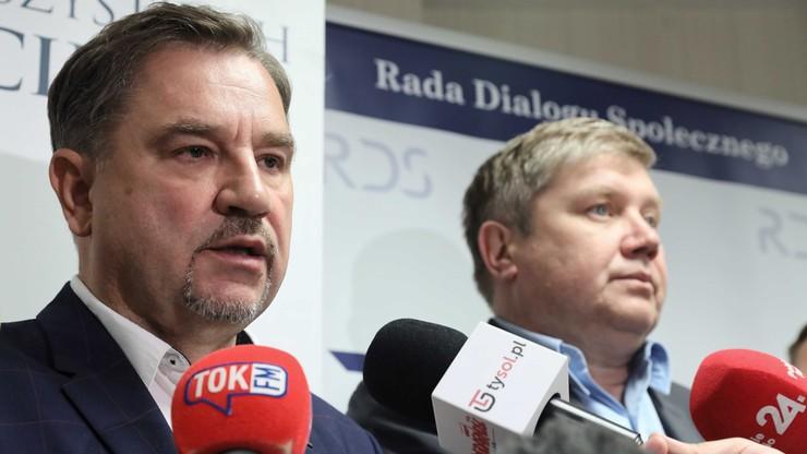 Prezydium RDS zwróci się do prezydenta o opinię prawną ws. lustracji jej członków