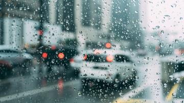 Deszcze, burze i ochłodzenie. Pogoda na poniedziałek