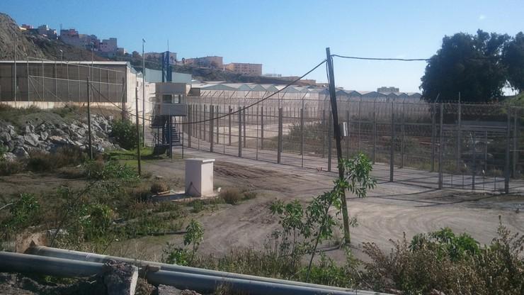 Trzystu migrantów próbowało wedrzeć się do Ceuty. Zatrzymało ich marokańskie wojsko