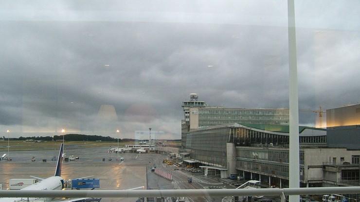 Alarmy bombowe w dwóch samolotach lecących do Brukseli