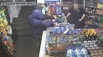 Napadli z bronią na sklep spożywczy. Grozi im 15 lat więzienia
