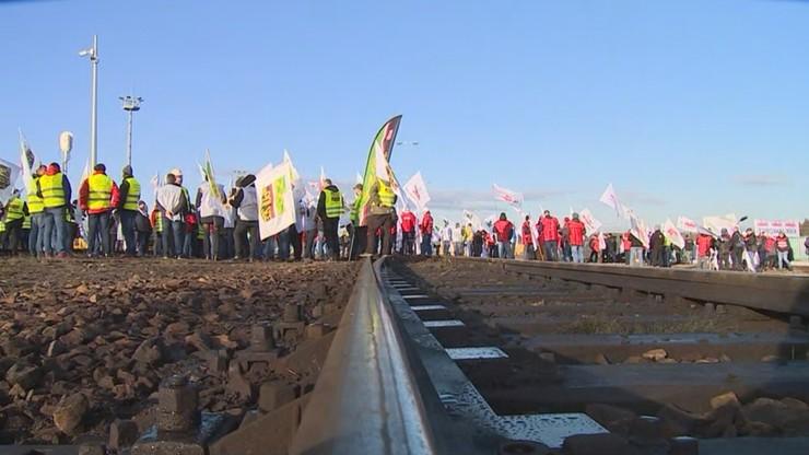 """Górnicy blokowali euroterminal kolejowy. """"To tu przyjeżdża rosyjski węgiel"""""""