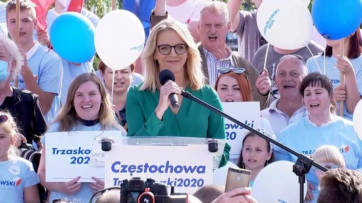 """""""Odważniejsza niż niejeden polityk"""". Małgorzata Trzaskowska wsparła męża na wiecu w Częstochowie"""
