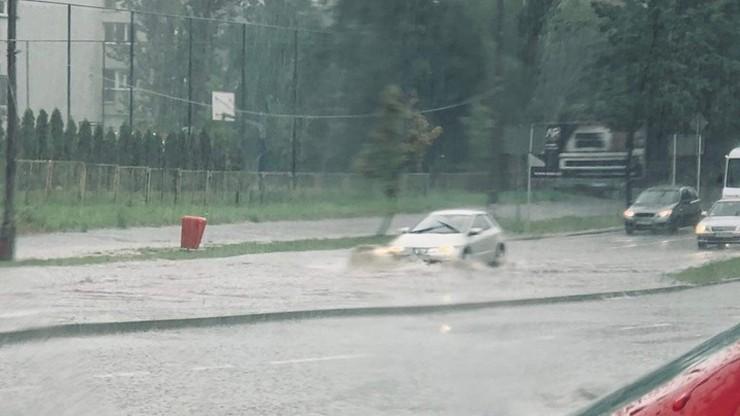 Ulewy na Śląsku. Deszcz zalał ulice w Bielsku-Białej
