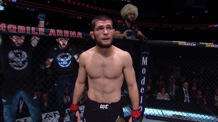 Hit UFC w Nowym Jorku! Khabib podpisał kontrakt na walkę z Fergusonem